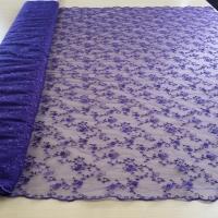 Spitze filigran lila