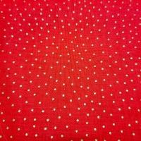 Bezaubernder Patchworkstoff rot mit kleinen goldenen Punkten