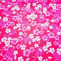 Farbenfroher Patchworkstoff mit Blumen