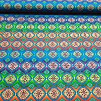 Farbenfroher Patchworkstoff mit Ornamenten