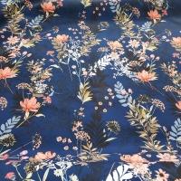 Softshell blau mit farbenprächtigen Blumen